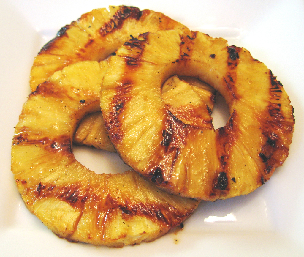 Grilled Pineapple | Recipe Ideas | Modern Mom Meals